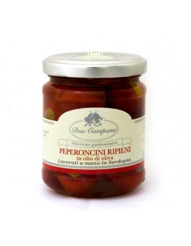 Peperoncini ripieni in olio di oliva